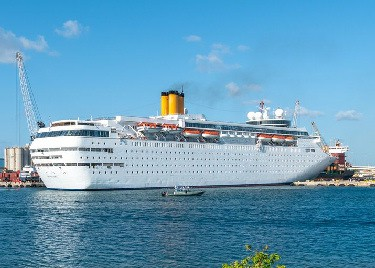 Bahamas Paradise christens new ship, MV Classica and sails out of Palm Beach