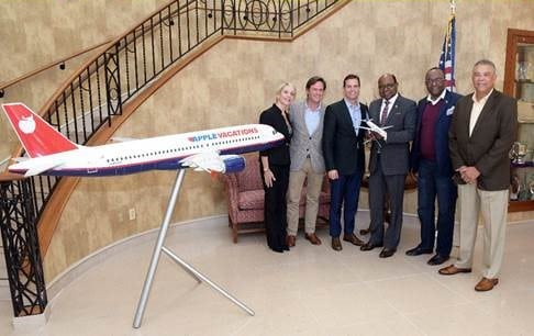 Jamaica's Minister of Tourism Meets New Apple Leisure Group Leadership