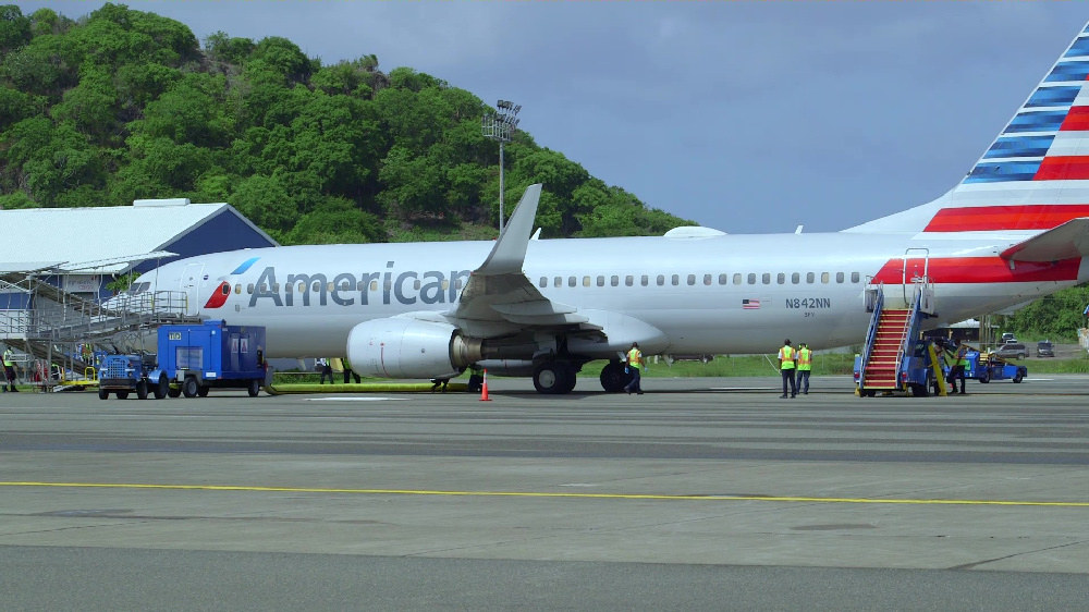 Saint Lucia Welcomes First American Airlines Flight from Miami
