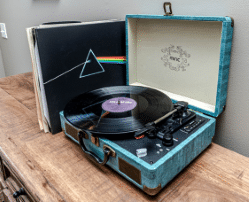 How To Pick The Right Record Player: Follow These Advice